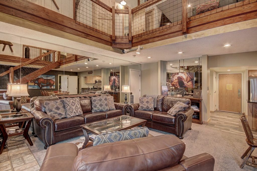 best airbnbs copper mountian 8 Bedroom Pet Friendly Ski in Ski out Penthouse