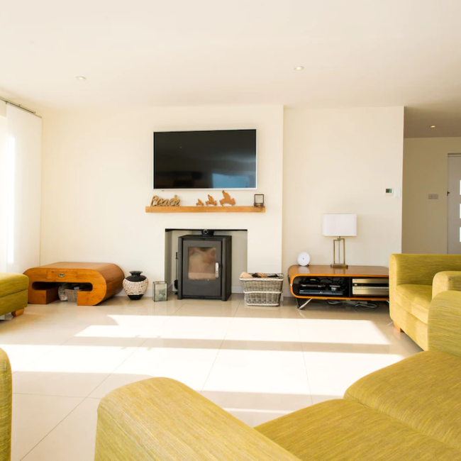 best airbnbs in Bournemouth luxury beach house living room