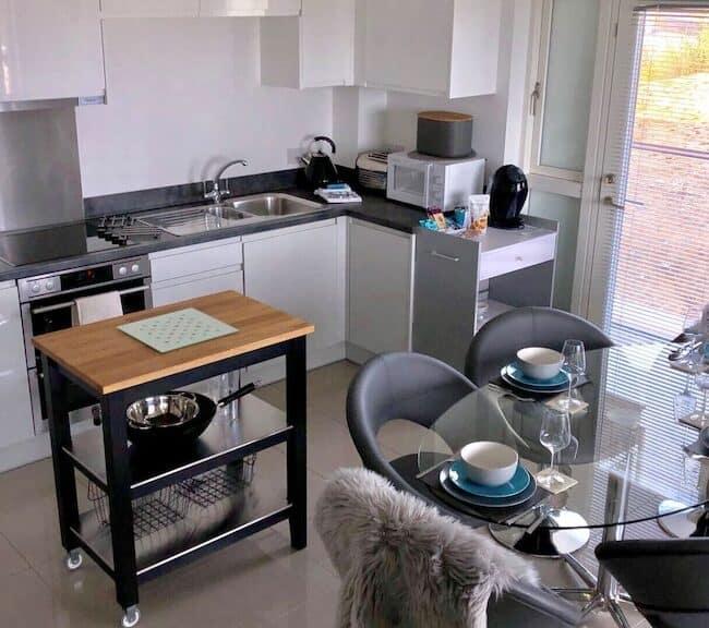 best airbnbs in Bournemouth sea breeze kitchen