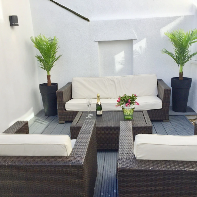 best airbnbs in Bournemouth stylish townhouse deck