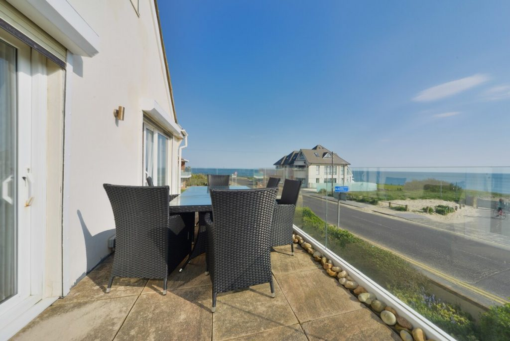 best airbnbs in bournemouth seafront apartment