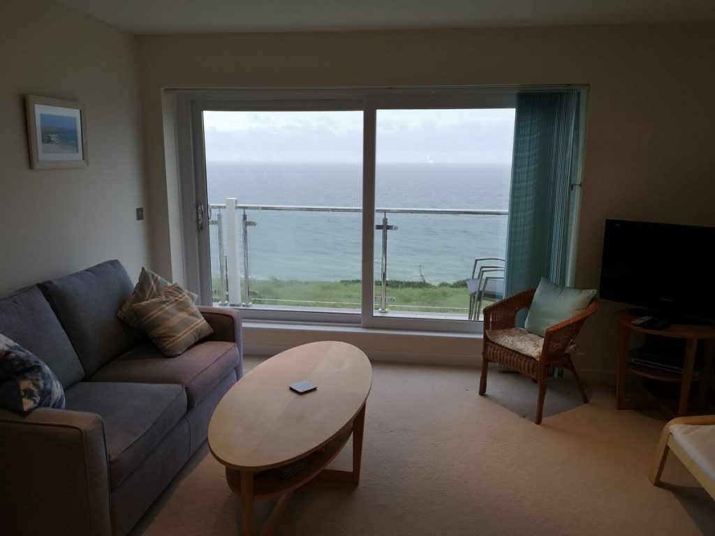 best airbnbs in bournemouth seaview living room