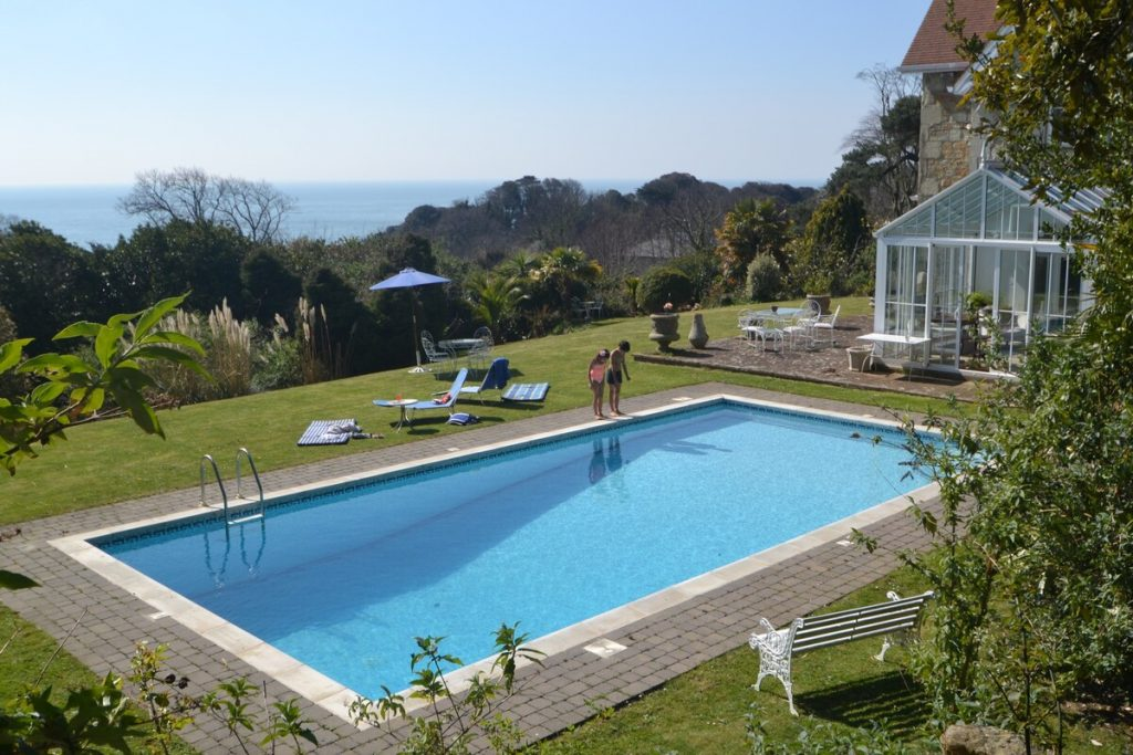best airbnbs isle of wight bonchurch pool