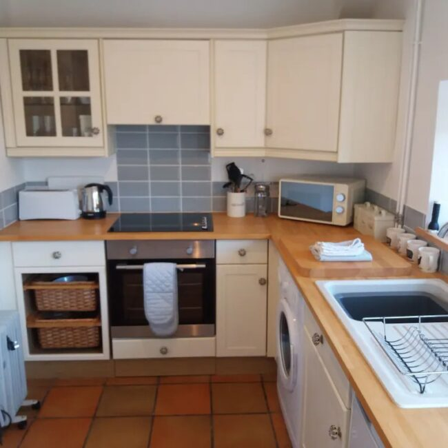 best airbnbs isle of wight fossil cottage kitchen