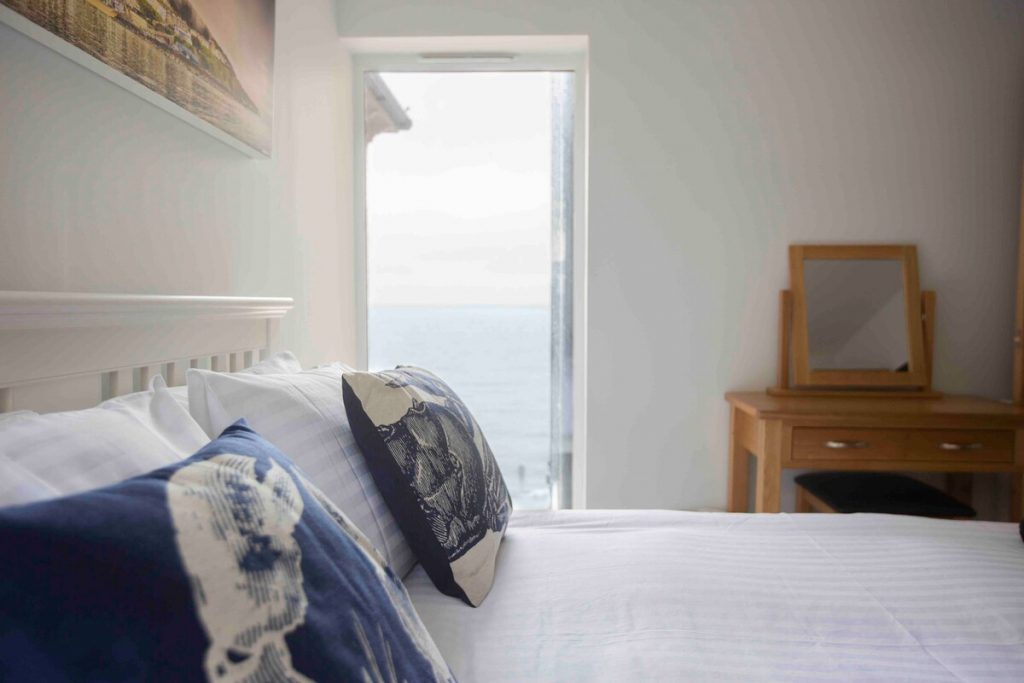 best airbnbs isle of wight luxury seaside apartment bedroom