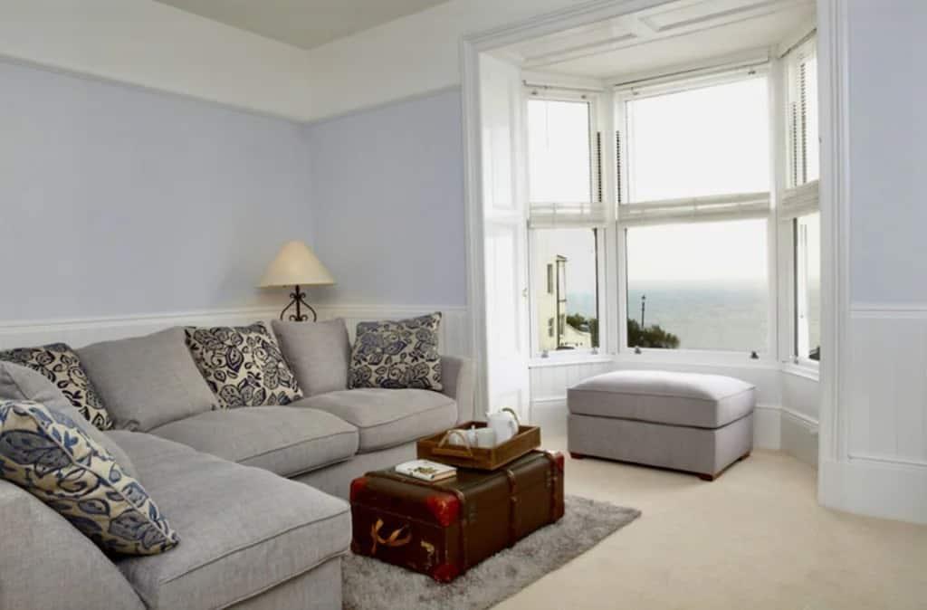 best airbnbs isle of wight luxury villa