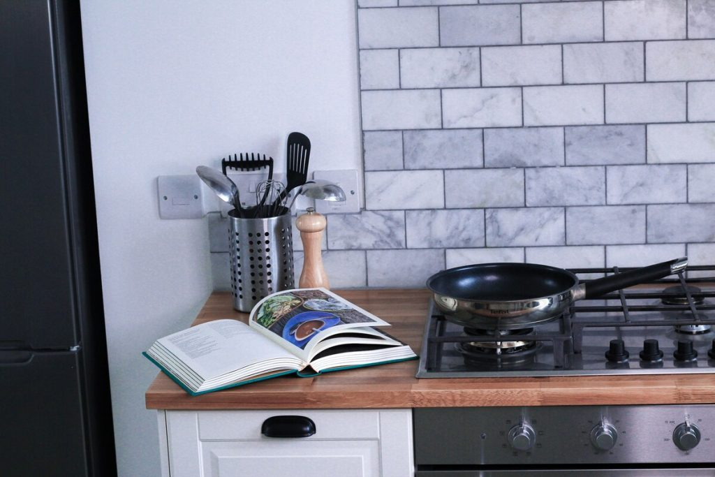 best airbnbs isle of wight seascape kitchen