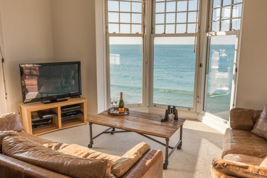 best airbnbs isle of wight waters edge