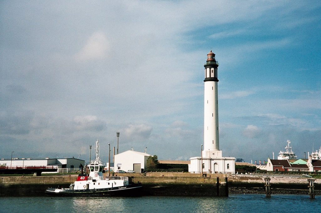 best things to do in dunkirk Dunkirk Lighthouse