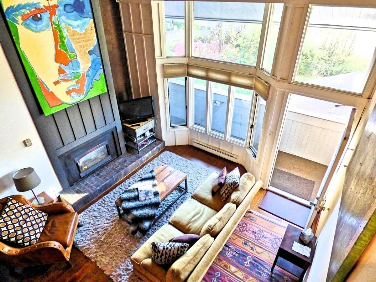 best airbnbs steamboat Urban Loft on the slopes living room