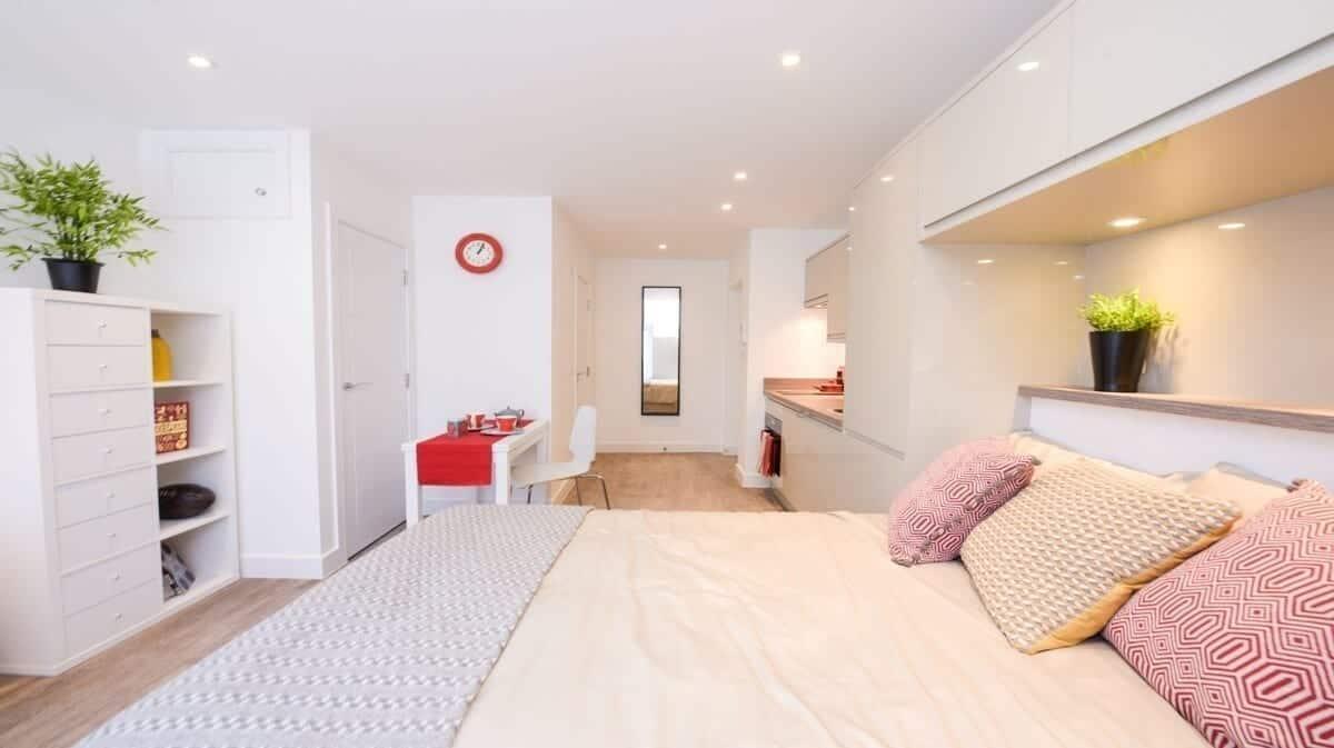 best airbnbs southampton Canute Studios Unit B