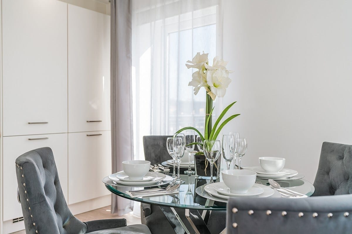 best airbnbs southampton home away from home kitchen