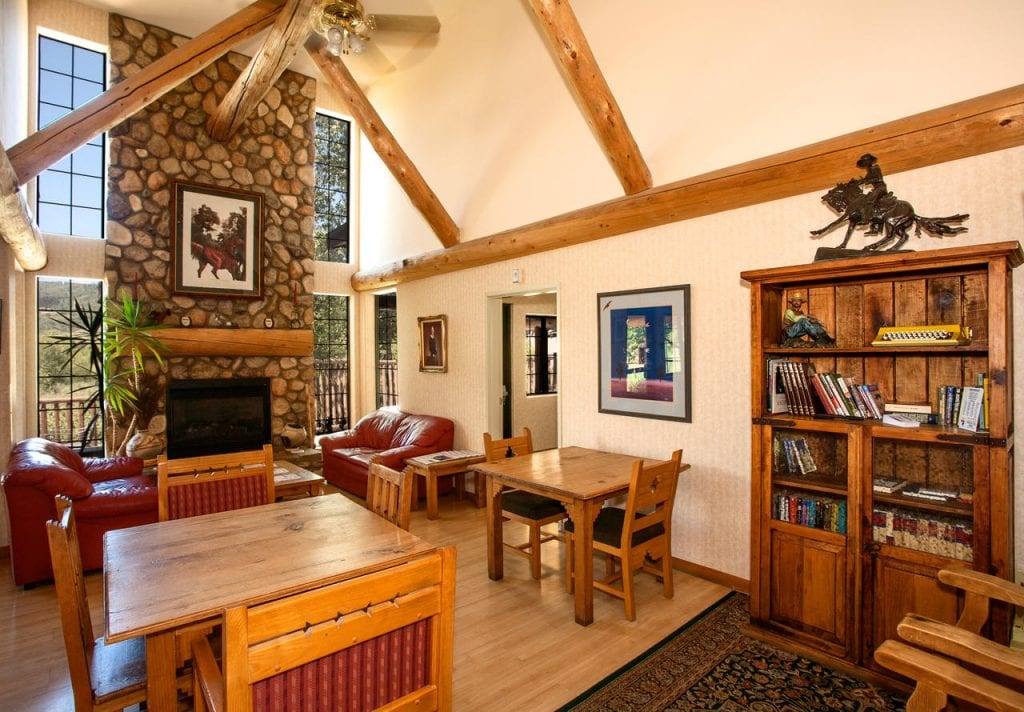 best hotels in steamboat springs Steamboat Mountain Lodge inside