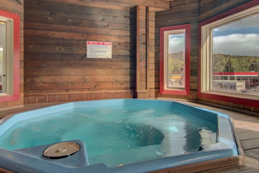 best hotels in steamboat springs The Bristol By Magnuson Worldwide hot tub