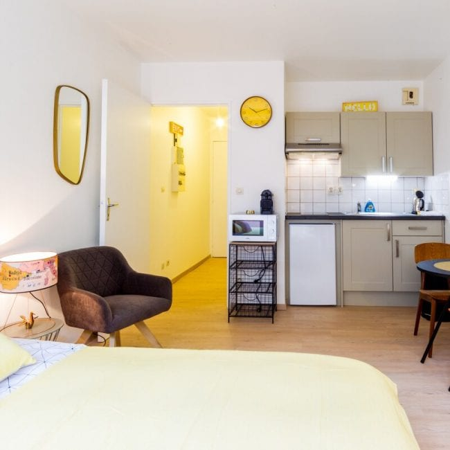 Best airbnbs in Amiens studio in centre of amiens jacobin kitchen