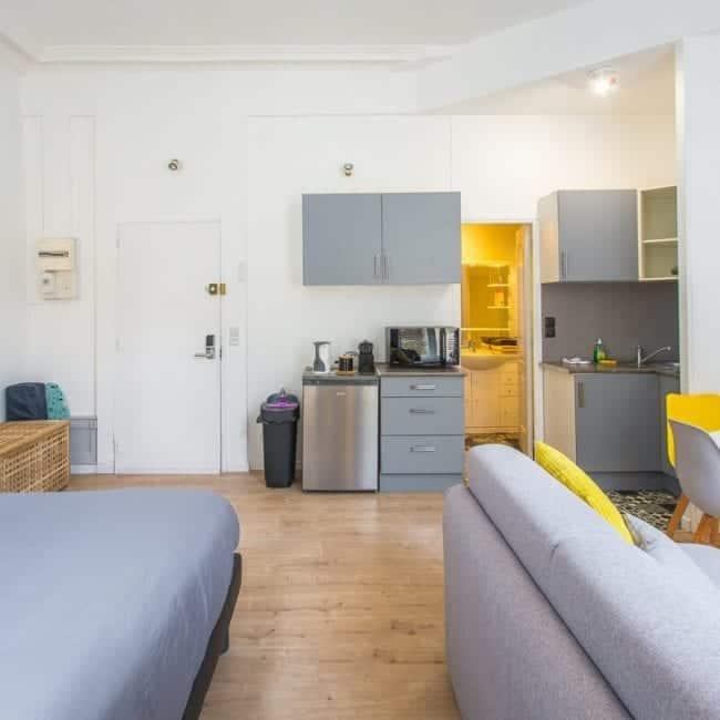 best airbnbs in amiens Modern Studio in Amiens kitchen