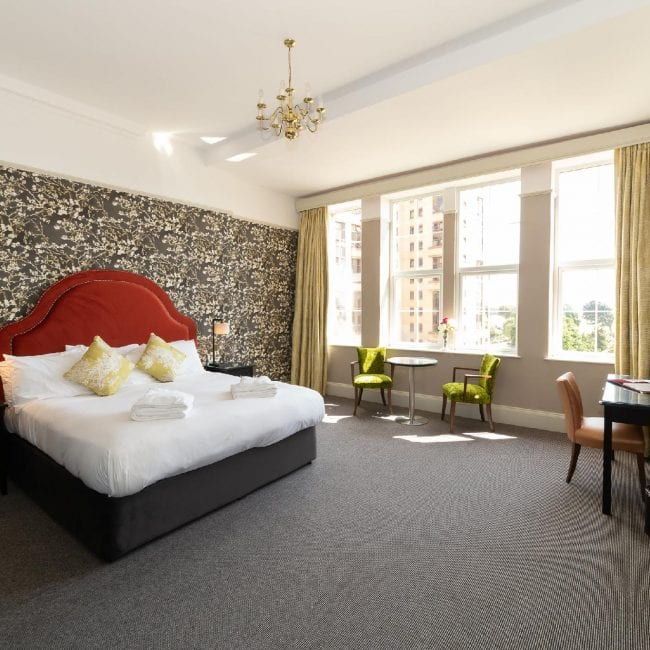best hotels portsmouth queens room