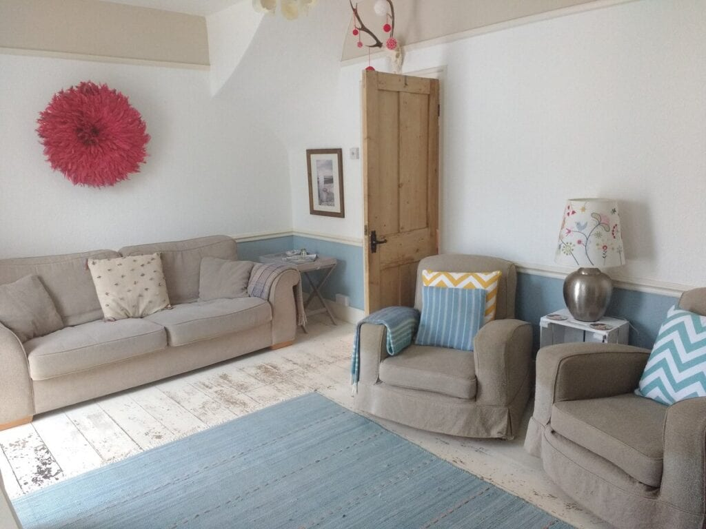 best airbnbs bognor regis beach Secluded Coastguard Cottage by the sea