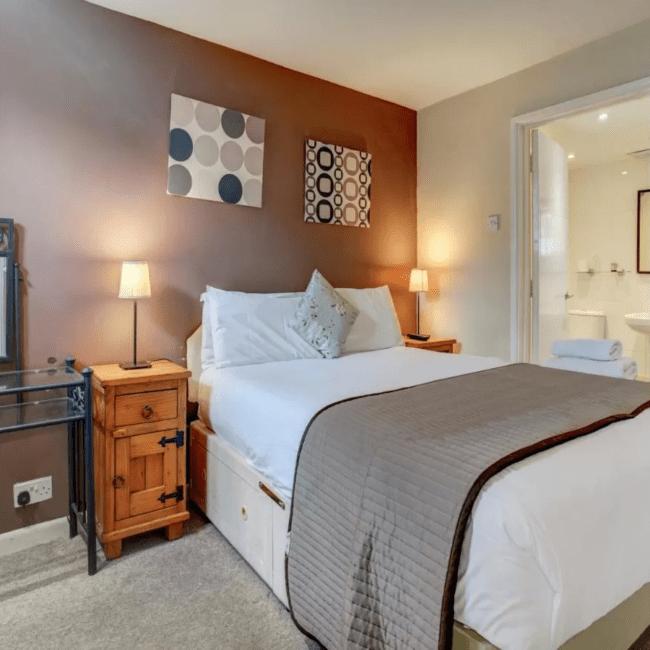 best hotels bognor regis OYO George & Dragon Inn room