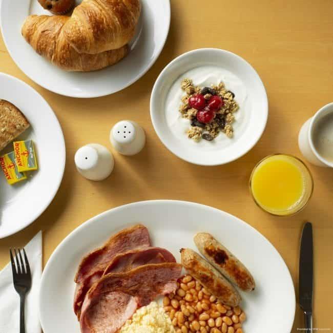 best hotels southampton best hotels southampton holiday inn express southampton m27 breakfast