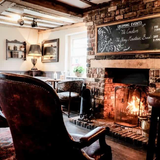 best hotels southampton the crown inn fireplace
