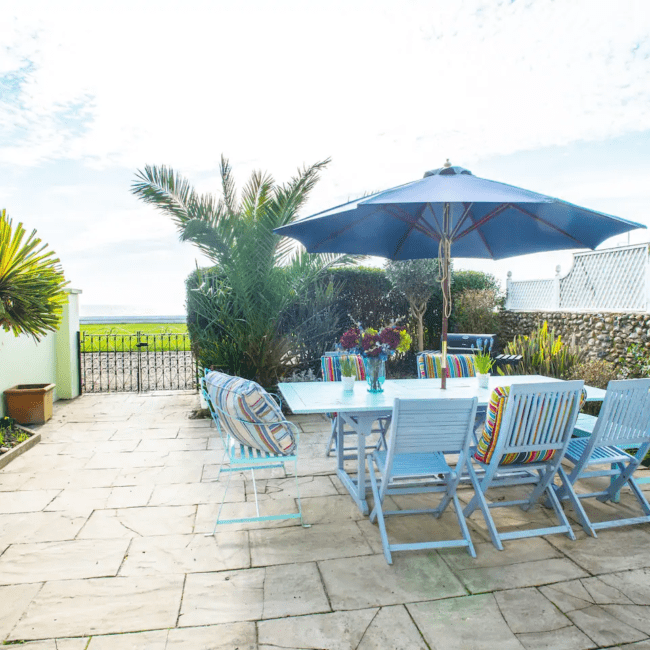 best airbnbs bognor regis Beach front family home that welcomes pets outside