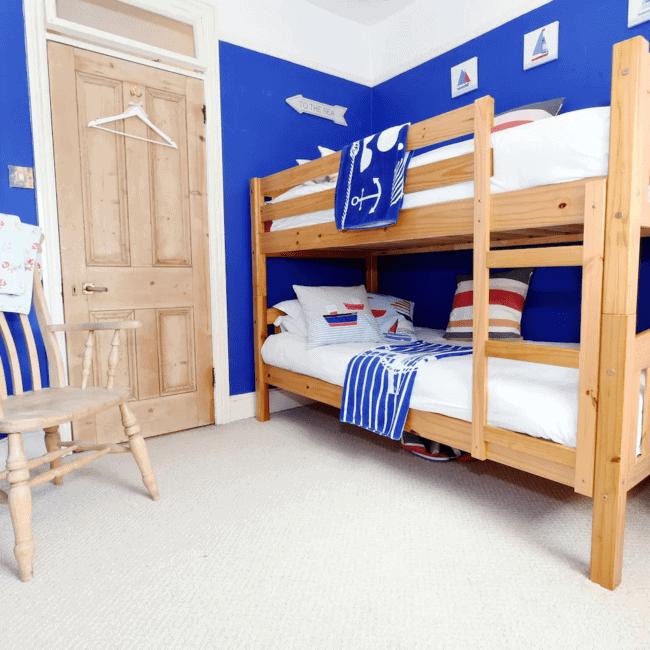 best airbnbs bognor regis best airbnbs bognor regis Family beach cottage that welcomes pets room