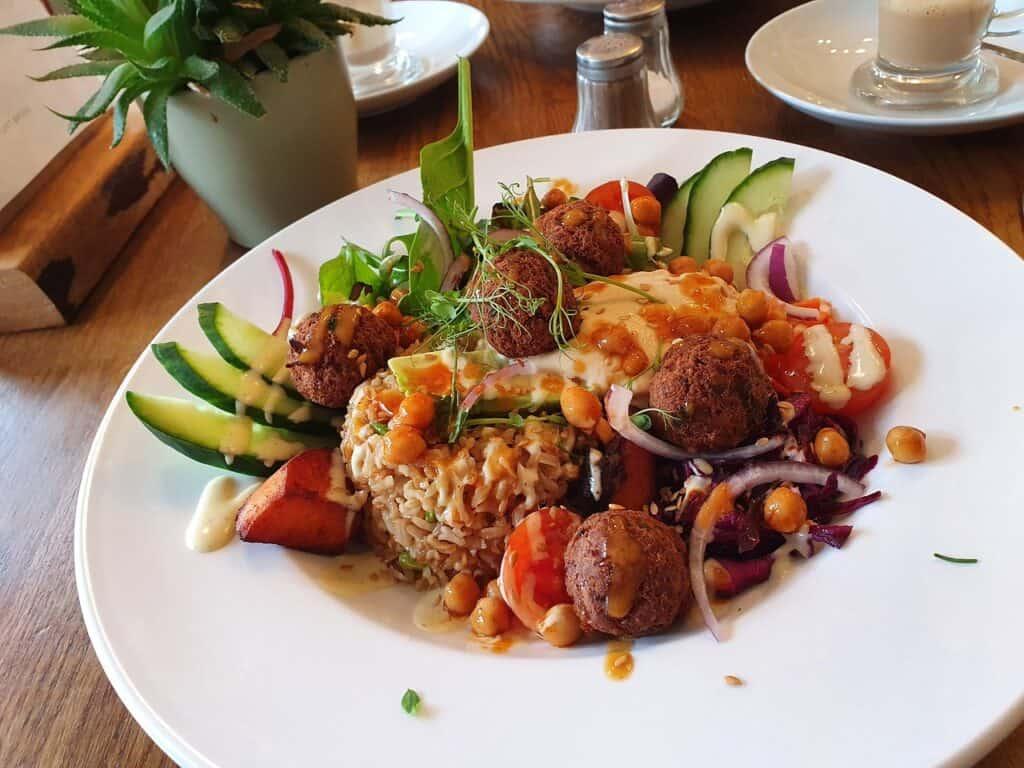best restaurants newport isle of wight adas mezze kitchen