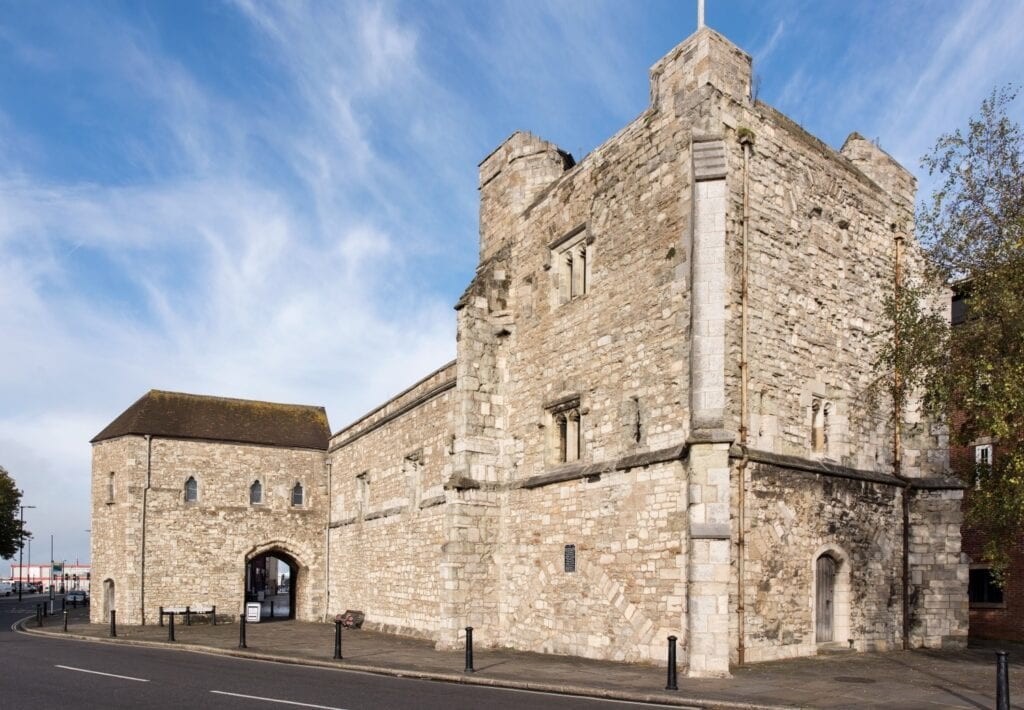 best things to do in southampton God's House Tower