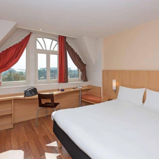 best hotels in Metz ibis centre gare room
