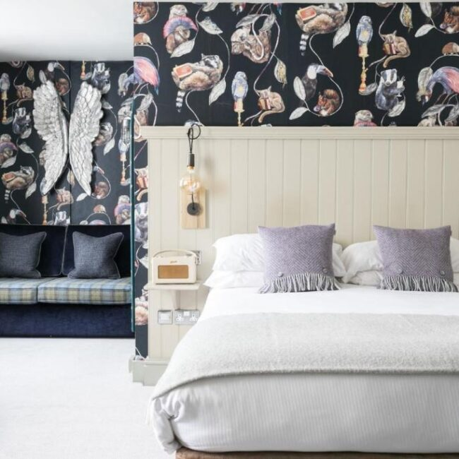 best hotels in Milford on Sea angel and blue pig bedroom