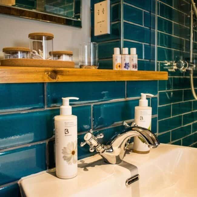 best hotels in Milford on Sea mayflower bathroom