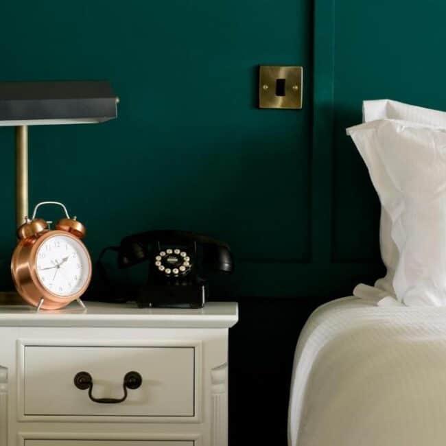 best hotels in Milford on Sea mayflower bedroom