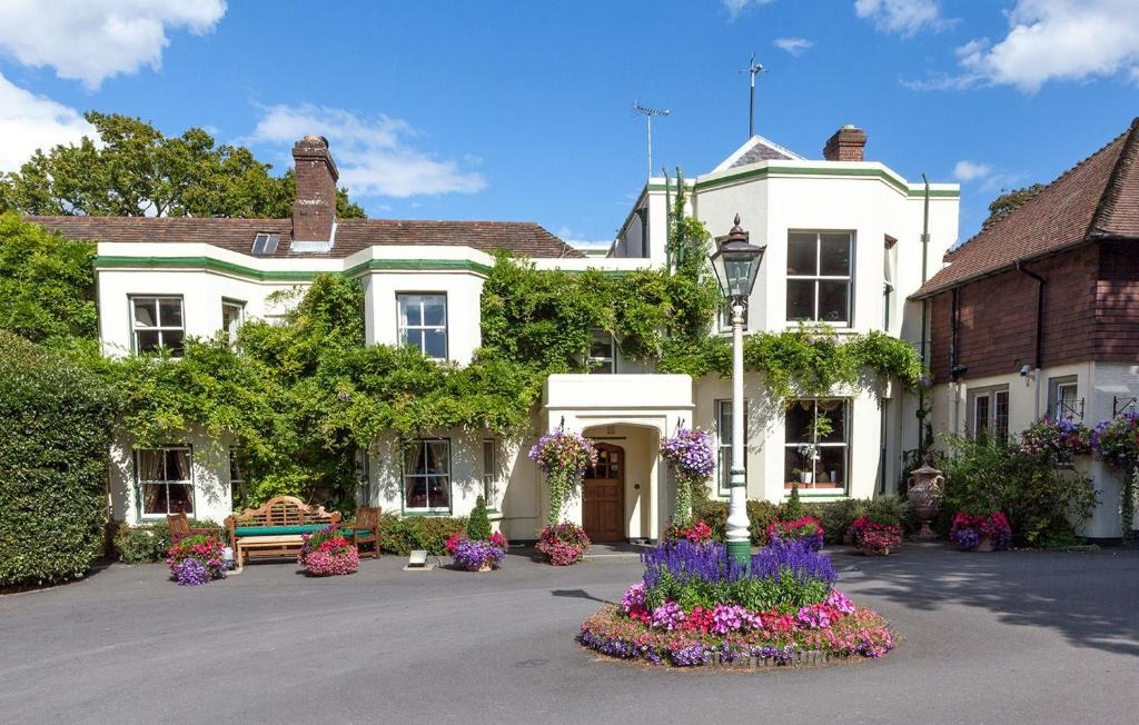 best hotels in Milford on Sea passford house hotel