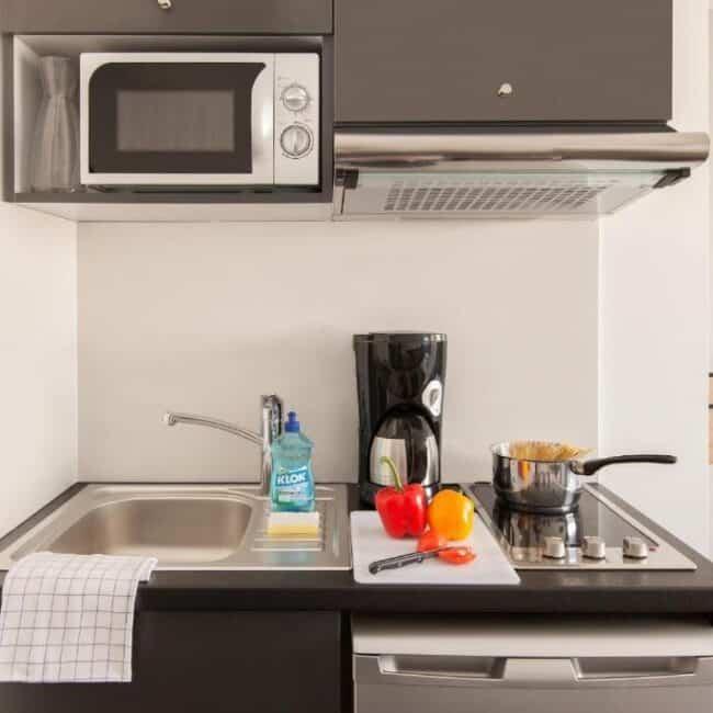Best hotels in Nancy aparthotel kitchen