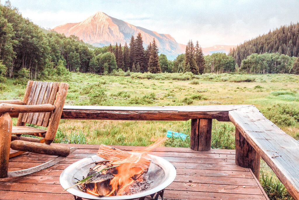 best airbnb vrbo crested butte hero