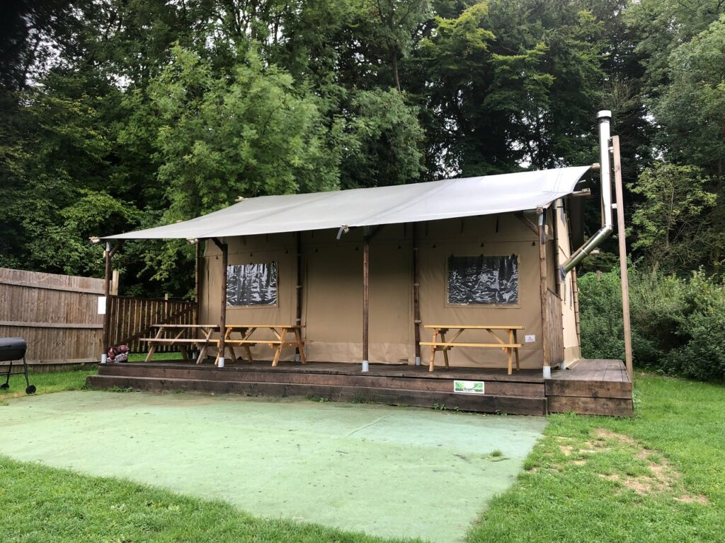 best hampshire camping sites Beechen Glamping