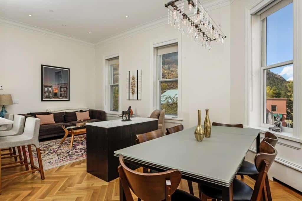best cabins aspen Modern one-bedroom holiday rental