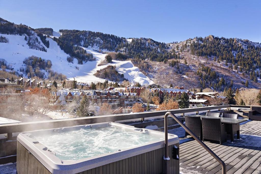 best cabins aspen central one bed hot tub