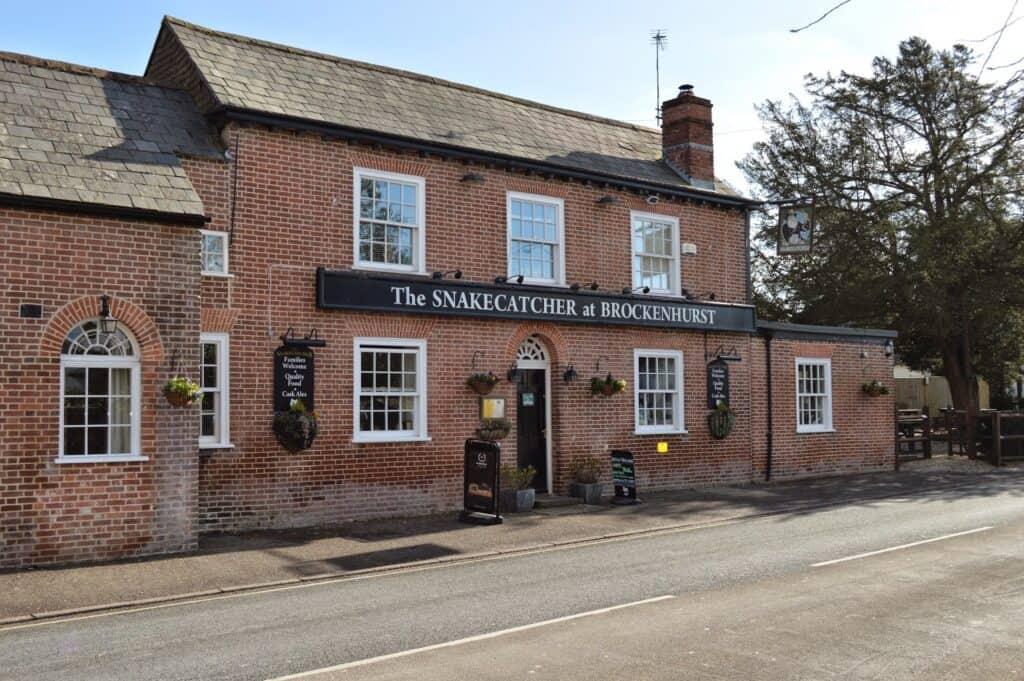 best pubs new forest Brockenhurst the snakecatcher pub