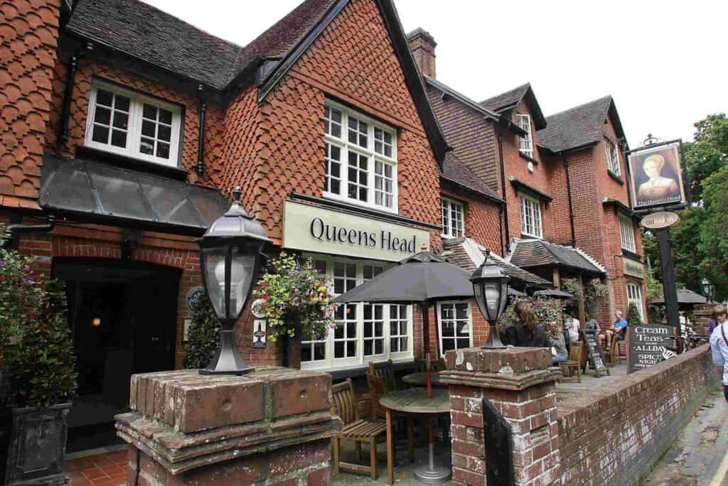 best pubs new forest burley queens head
