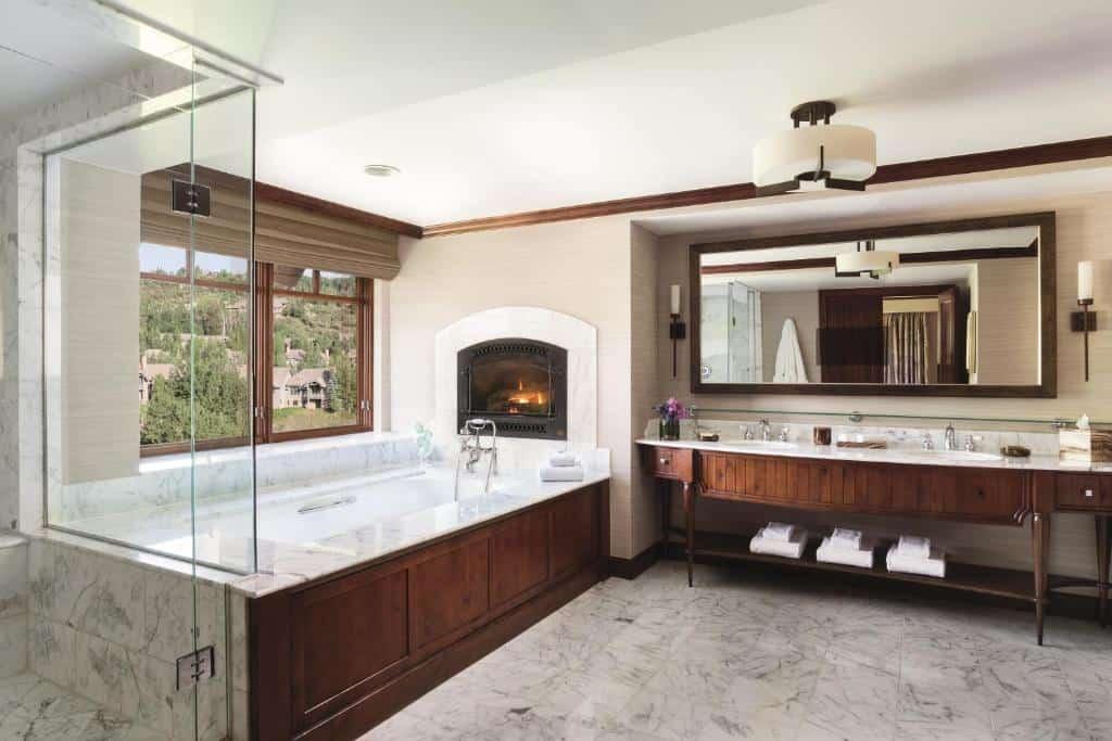 Best Beaver Creek Hotels Ritz Carlton bathroom