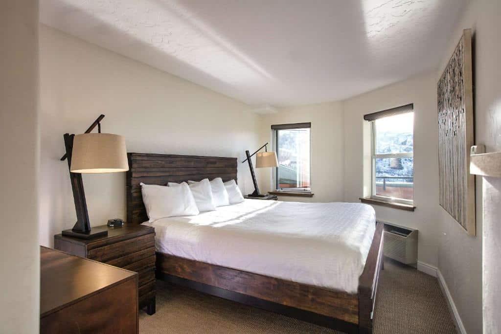 Best Beaver Creek Hotels Riverwalk Bed