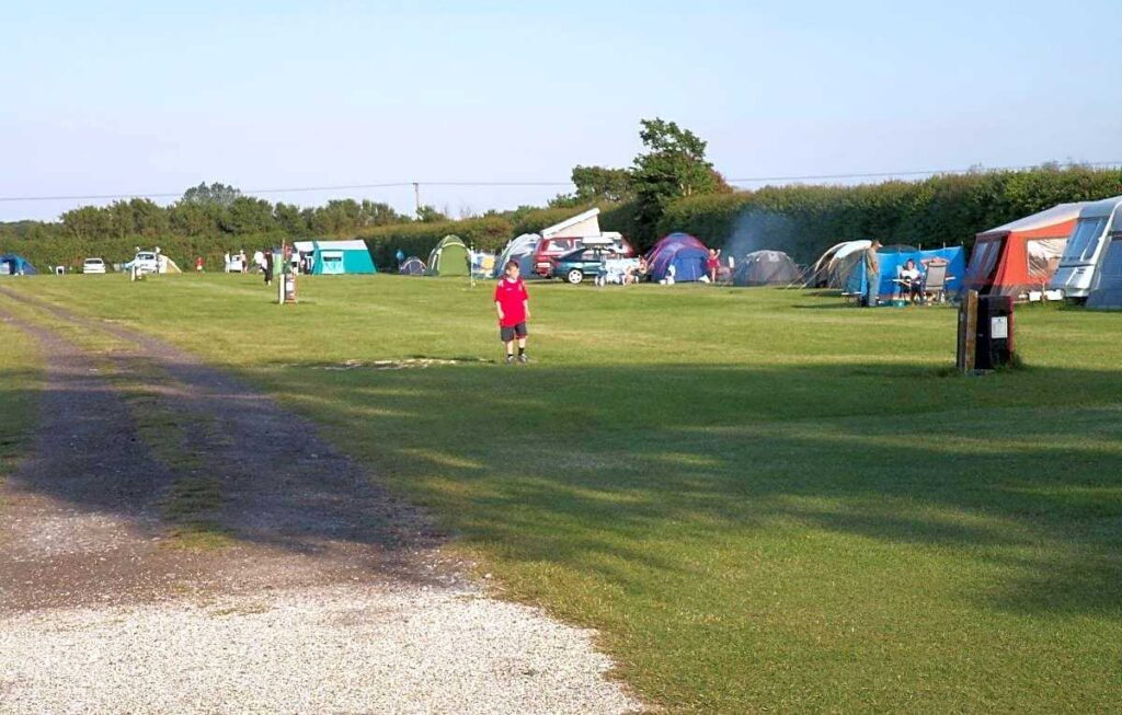 best camping portsmouth Red House Farm