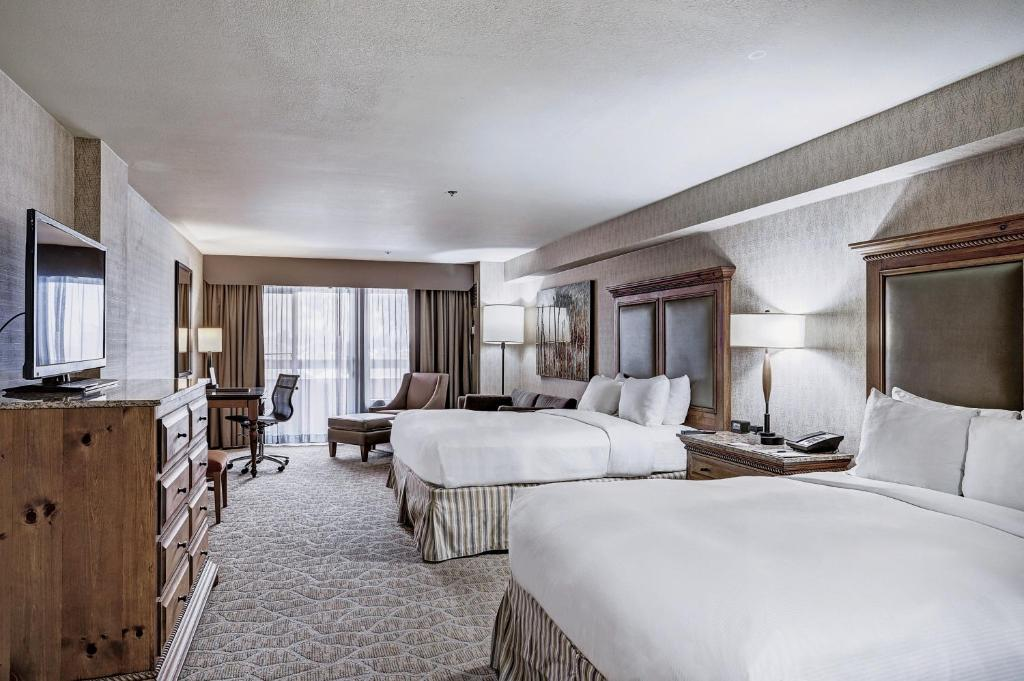 best hotels in Breckenridge doubletree