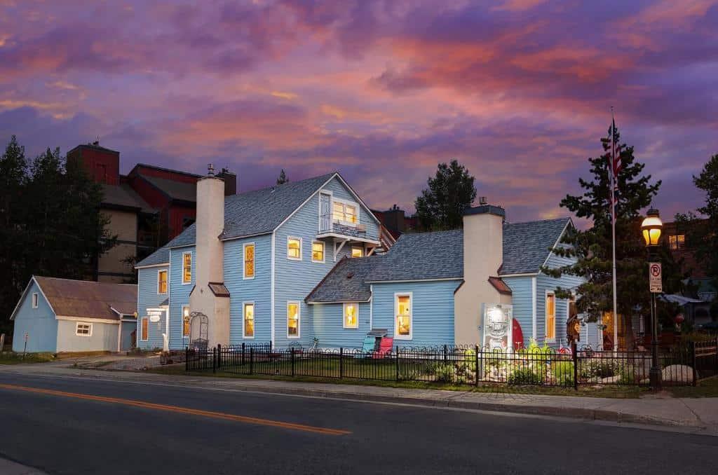 best hotels in Breckenridge fireside inn