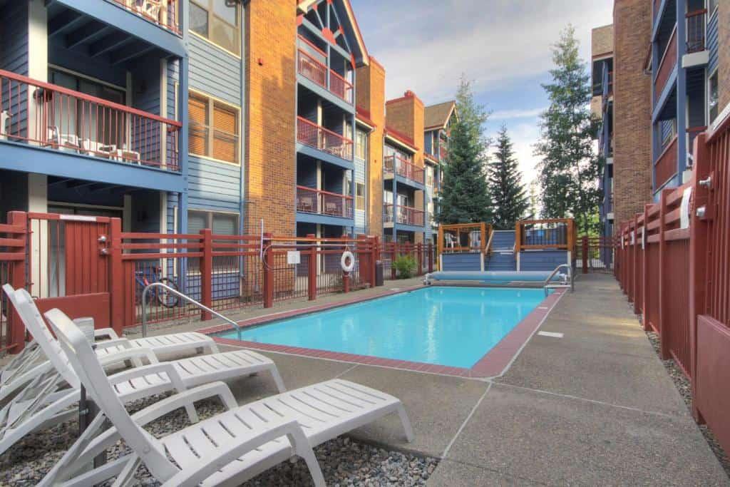 best hotels in Breckenridge river mountain lodge pool