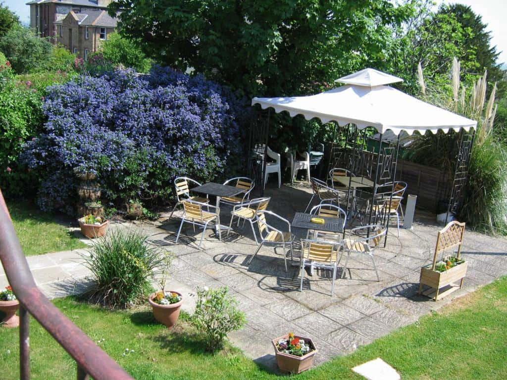 best hotels in Ryde Dorset House garden