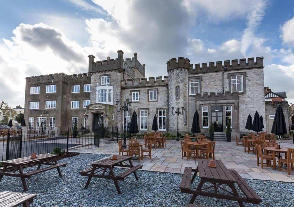 best hotels in Ryde castle