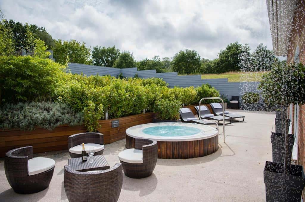 best hotels in Ryde lakeside spa